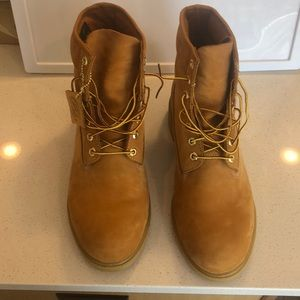 Timberland 6-inch Basic Boots